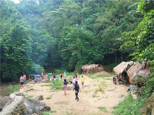 游学纳板河曼吕村户外营地